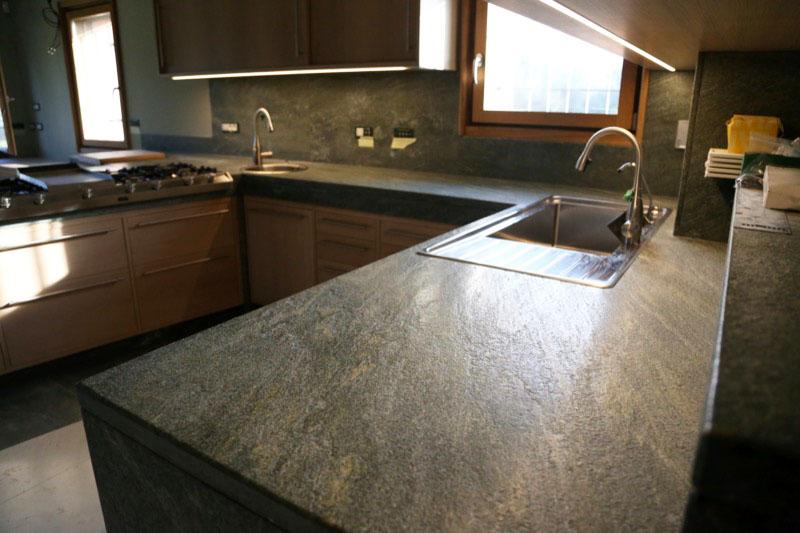 Marmo e granito per arredamento roncato marmi - Piano cucina in granito ...